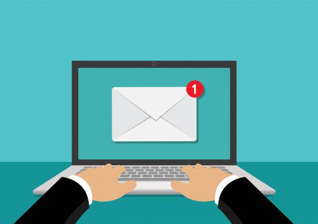 nuevo-mensaje-o-correo-electronico-computadora-portatil_61103-56.jpg